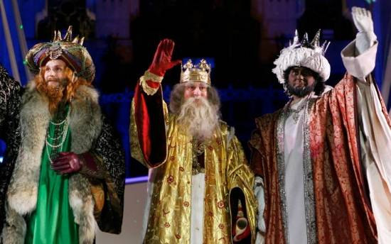 ​The Three Kings parade arrives in Orihuela Costa and Torrevieja