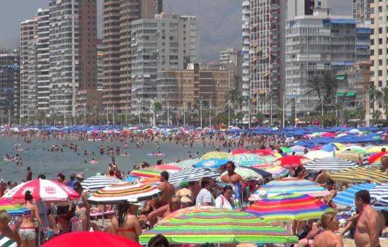 Costa Blanca Easter tourism smashes all records