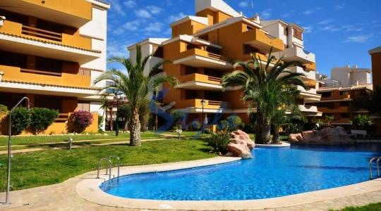 Looking for an affordable beach property? Come to the Costa Blanca!