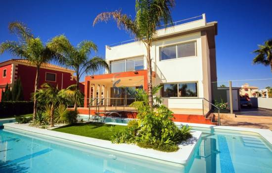 Buy property for sale in La Zenia, Costa Blanca, Spain