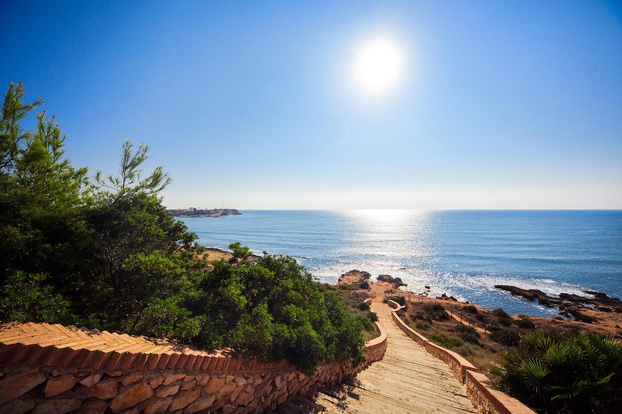 Снять виллу в испании на берегу купить дом на канарских островах
