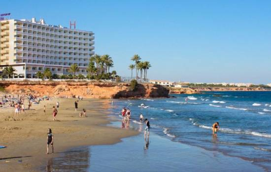 ​A look at the beaches in Orihuela Costa