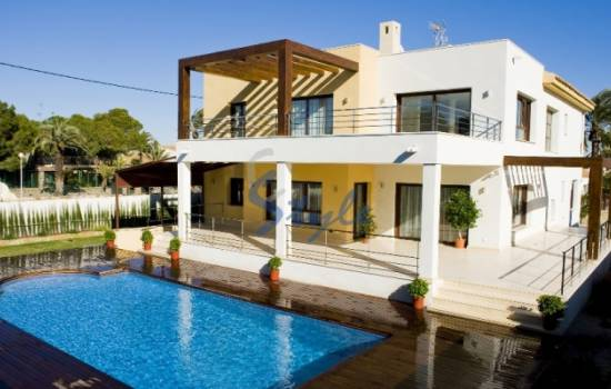 ​Why buy property in Cabo Roig, Orihuela Costa, Costa Blanca, Spain