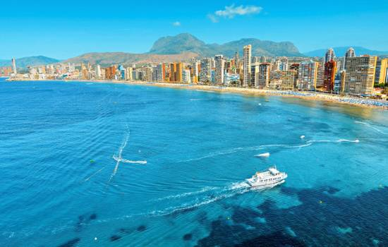 Costa Blanca tourist spending up by nearly 17 per cent