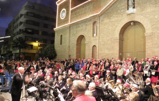 Torrevieja Christmas Carols in the Square