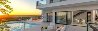 7 reasons to rent villas in Costa Blanca, Spain