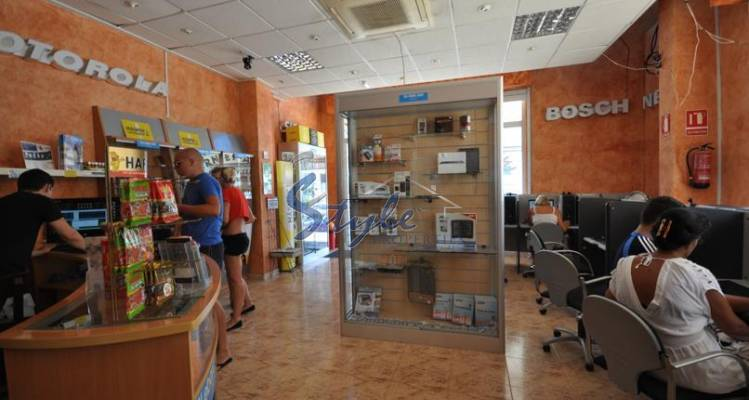 Resale - Commercial Property - Cabo Roig