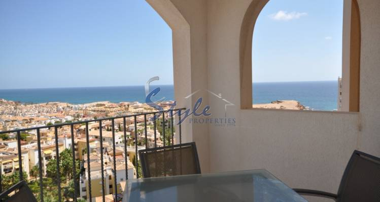 Apartment with sea views in Torrevieja