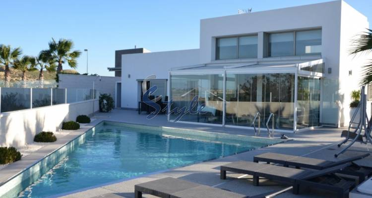 Luxury villa for sale in Ciudad Quesada, Costa Blanca, Alicante, Spain