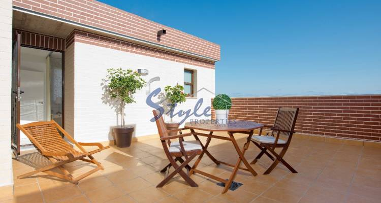 Apartments for sale in Cabo Roig, Costa Blanca, Spain ON327_2-1