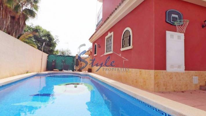 Detached Villa with Private Pool in La Zenia, Orihuela Costa, Costa Blanca, Spain
