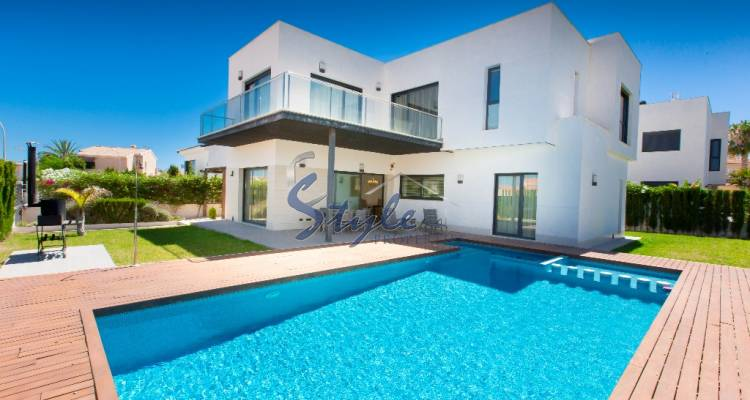 Villa for rent in Santiago de la Ribera, Murcia, Spain