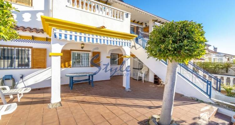 Apartment, bungalow with garden near the sea in Mil Palmeras, Orihuela Costa, Costa Blanca, Spain