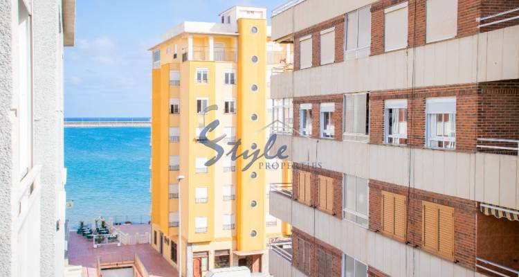 Beach side apartment for sale in Torrevieja, Alicante, Costa Blanca, Spain