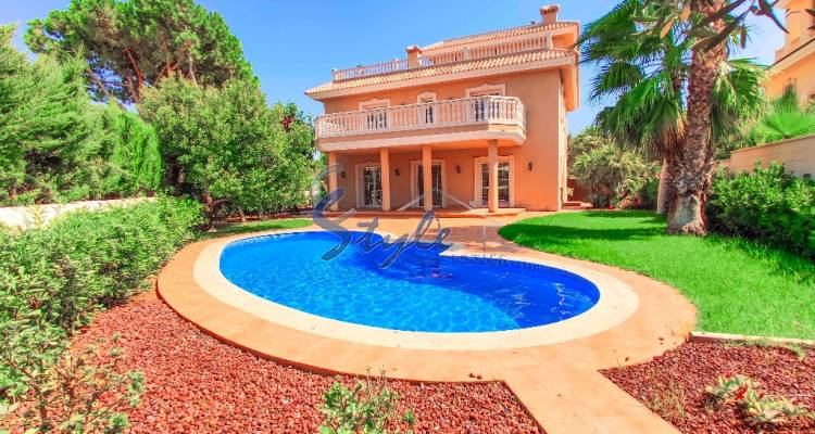 New build villa  for sale close to the sea in Cabo Roig, Orihuela Costa, Alicante, Costa Blanca, Spain