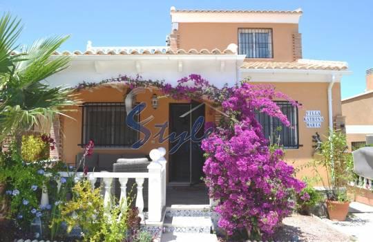 Стоимость дома в испании на берегу моря квартира дубае купить