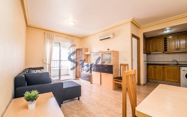 Bright apartment for sale near the sea and the beach in Torrevieja, Costa Blanca