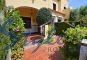 townhouse near the sea in La Zenia, 600 m from the beach in Orihuela Costa.