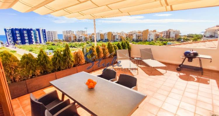 Apartment with sea views in La Entrada, Punta Prima, Alicanta, Costa Blanca, Spain