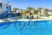 Buy apartments in Costa Blanca close to golf and beach in Mil Palmeras. ID: ON1116A4