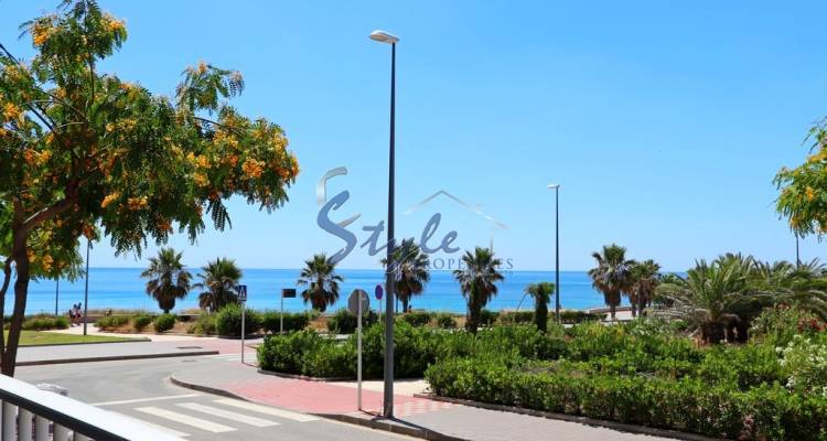 Buy apartment in Mil Palmeras with panoramic sea views close to the beach. ID 4500