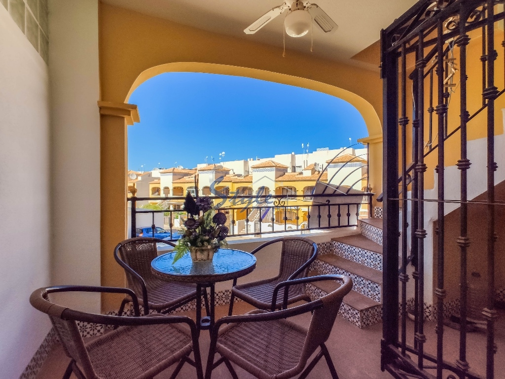 For sale 2 bedroom  top floor apartment  in Dream Hills , Los Altos, Costa Blanca, Spain
