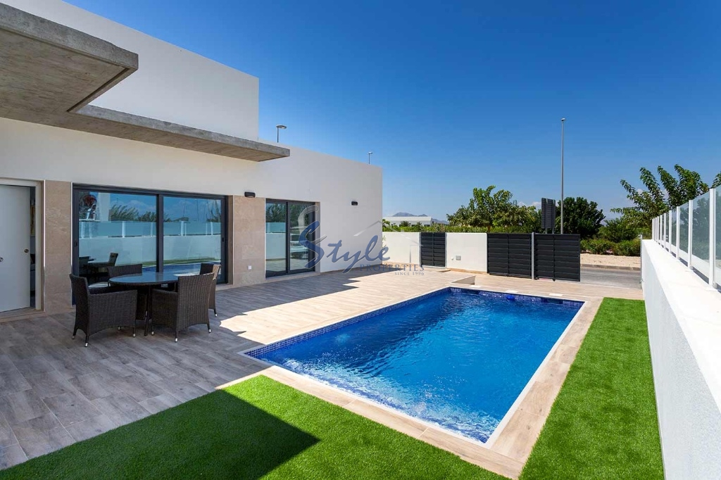 New build bungalow with private pool in Alicante, Costa Blanca, Spain. ID.ON620_3